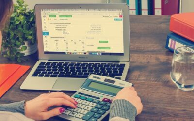 10 Reasons to Do Your Own Bookkeeping